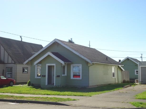 2830 1-2 Aberdeen Ave, Hoquiam