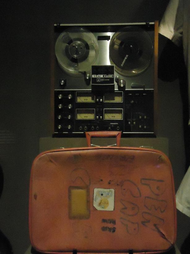 4 Track and Suit Case Drum