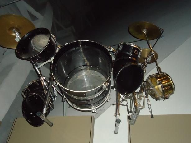 Chad Drum Kit Until Feb 1990