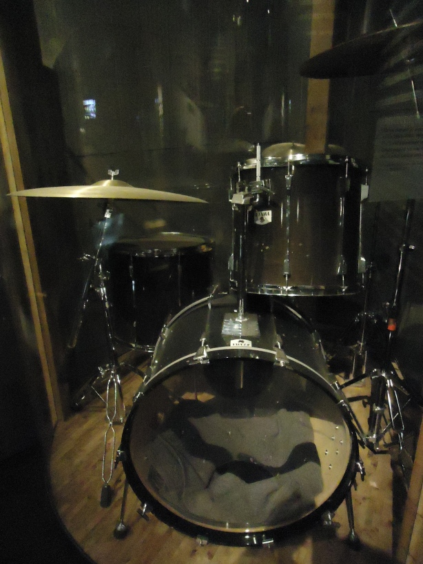 Grohl Drum Kit 93-94